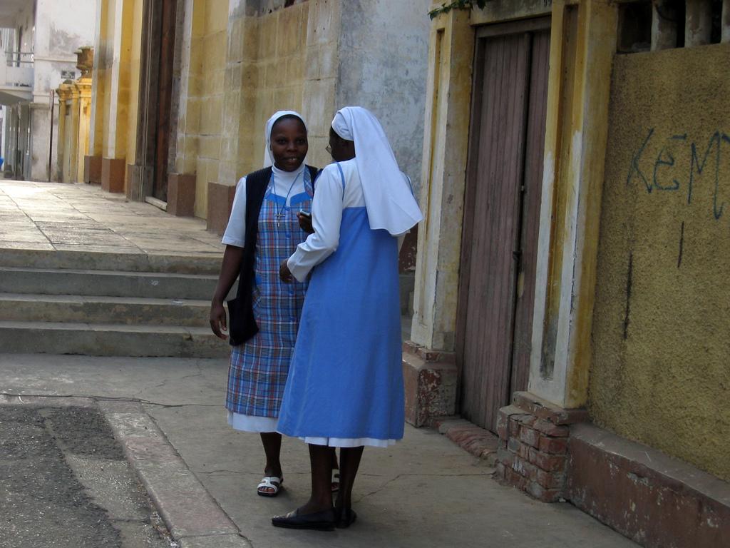 Senegal nuns